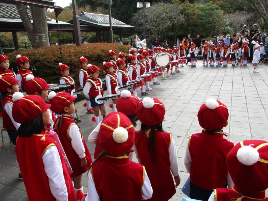 御国幼稚園の可愛い鼓笛隊